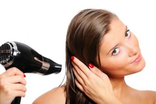 Как убрать электризацию волос?